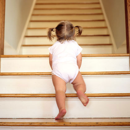toddler-stairs-climbing-photo-420x420-ts-AA013115