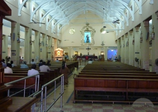inside-st-anthonys-colombo