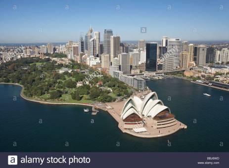 sydney-opera-house-royal-botanic-gardens-cbd-and-circular-quay-sydney-bbj6wd